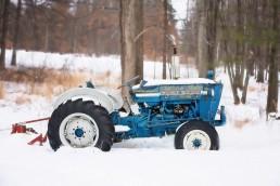 vintage tractor 671017 1280 uai